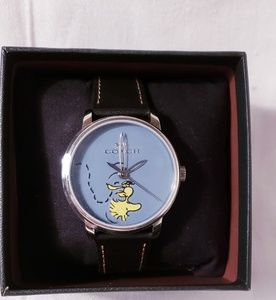 New Limited Edition Peanuts Woodstock Coach Watch